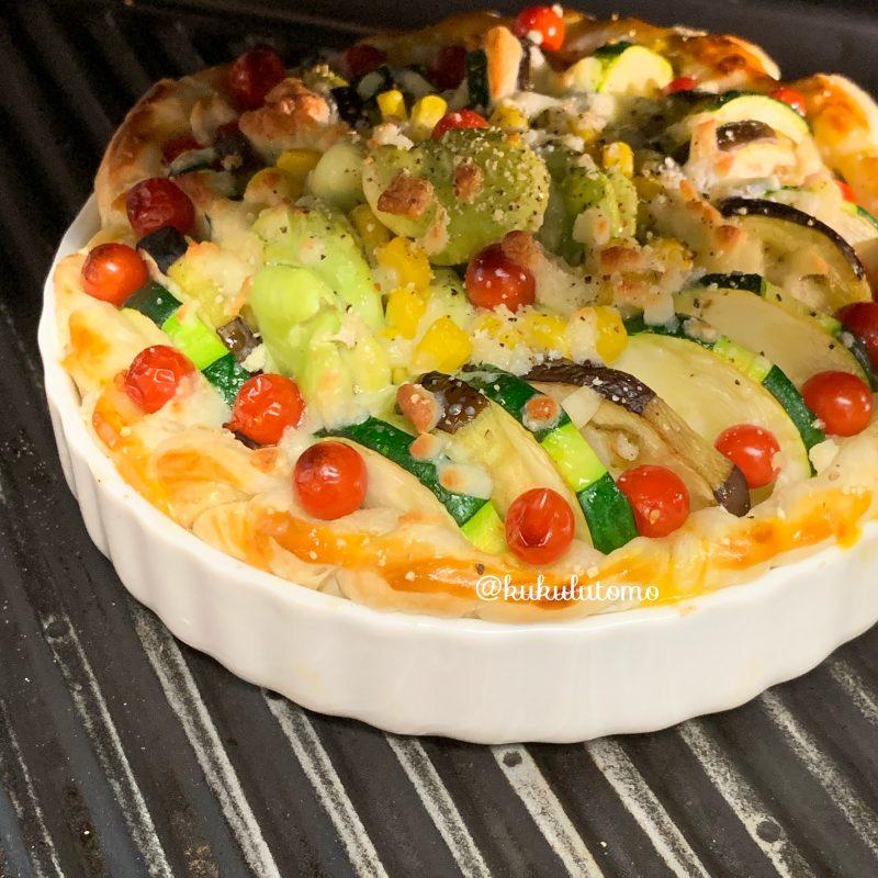 夏野菜のチーズパイ