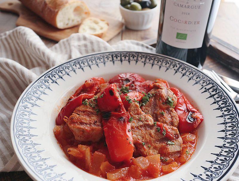 夏野菜と豚ヒレ肉のグーラッシュ風、赤ワインでもっと美味しく