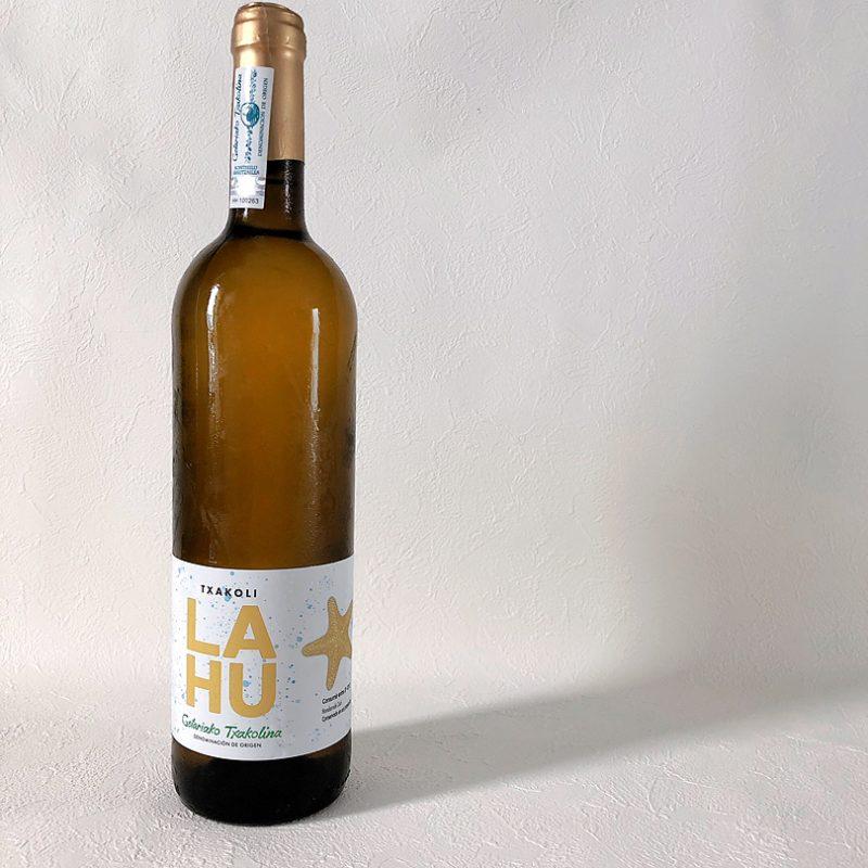 Txacoli LAHU on lees 2019(チャコリ ラウ オン・リーズ)/白ワイン(微発砲)