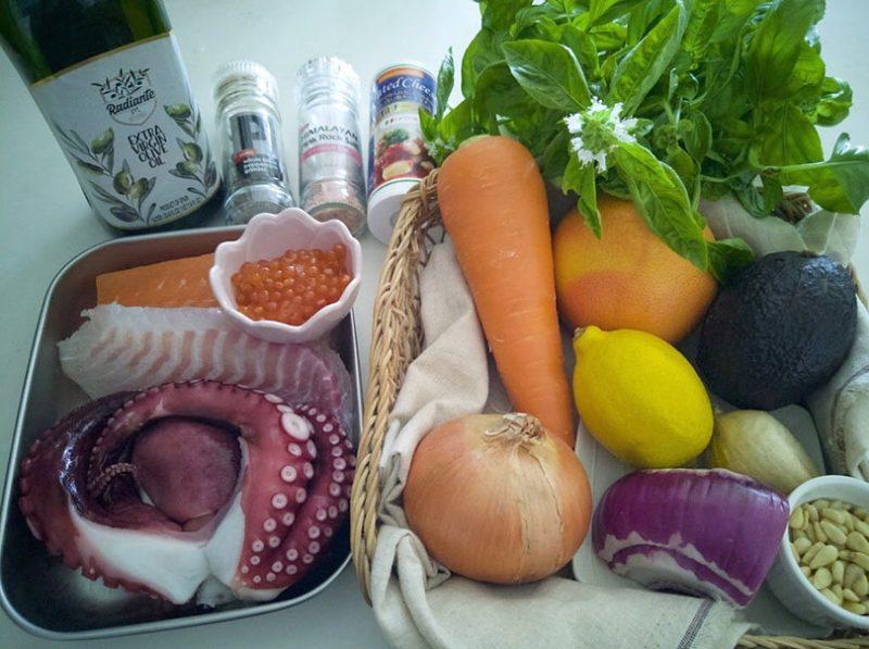 海鮮とグレープフルーツのサラダの作り方