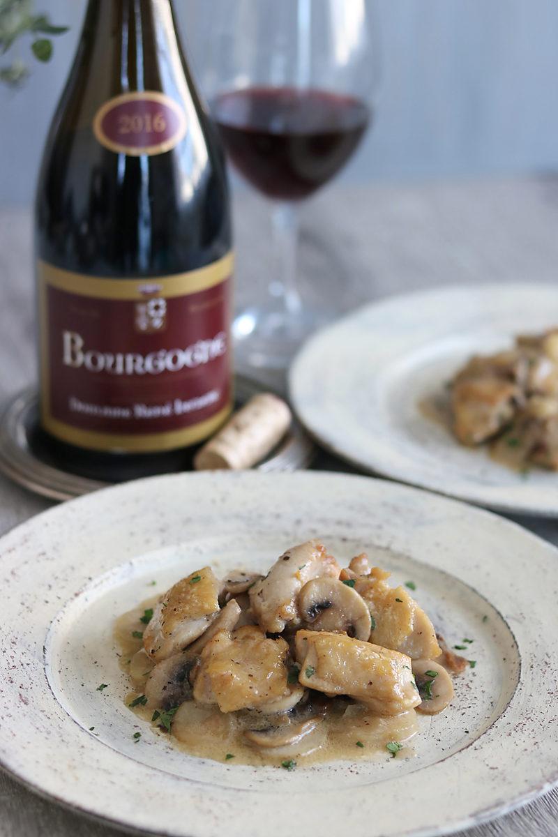 赤ワインに合う鶏肉と菊芋、ポルチーニ茸のクリームソースのレシピ