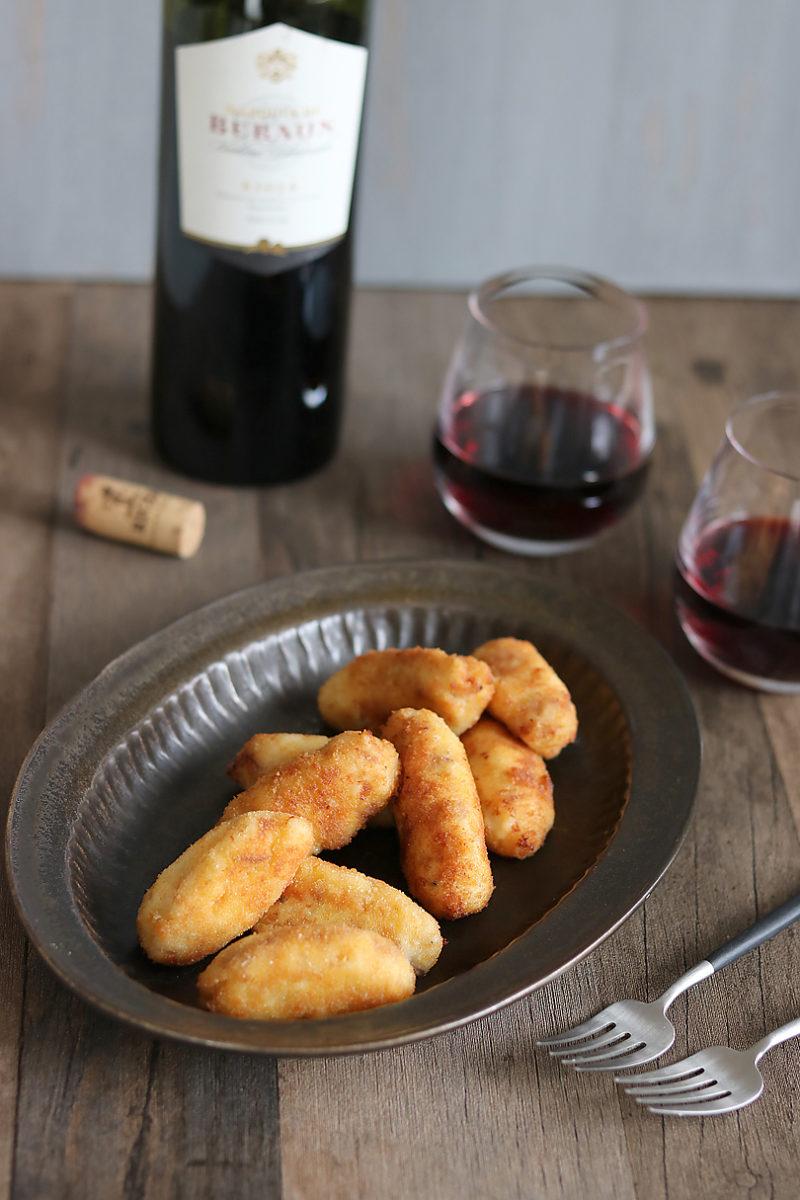 赤ワインに合う生ハムのコロッケ  クロケッタス・デ・ハモン